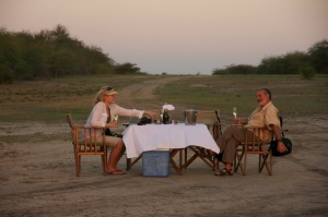 Sundowner drinks, Impala Camp